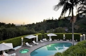 gallery_enlarged-adam-levine-home-09
