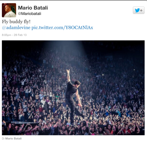 Mario Batali cheers Adam Levine and Maroon 5 at MSG gig